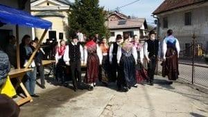 Borovnica-tržnica-folklora