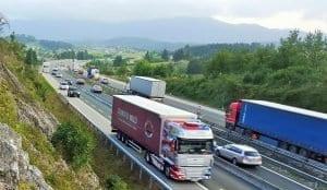 Primorska avtocesta / fotografija je simbolična.