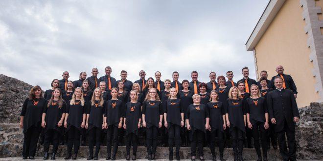 Carmina Burana za uvod v logaški poletni glasbeni festival