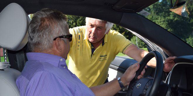 Postojna: brezplačno za starejše voznice in voznike