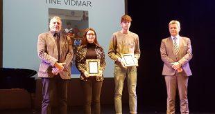 Najvišje športno priznanje Postojne v roke Ivani Hreščak in Tinetu Vidmarju