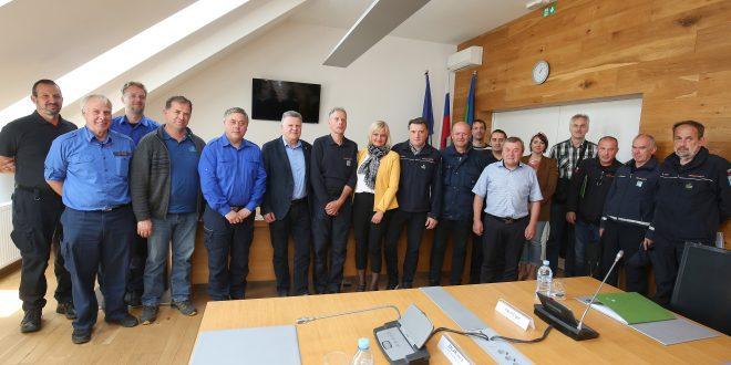 Poveljniki civilnih zaščit na srečanju v Cerknici