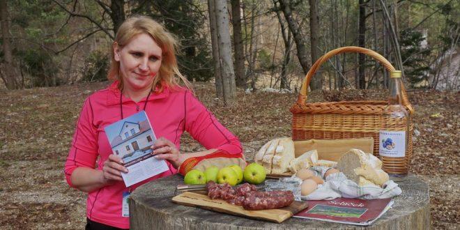 Na mednarodni dan turističnih vodnikov na Špičko in na dobrote v Notranjsko hišo