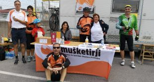 Postojnski Mušketirji vnovič uspešno izpeljali dobrodelno kolesarjenje