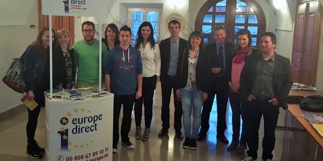 Okrogla miza Evropa za mlade, Postojna. Foto: Miha Belca